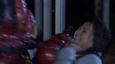 Kamen Rider Kiva Episode 2 2.flv_000124583