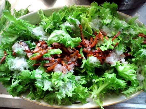 旬の辛菜サラダ!