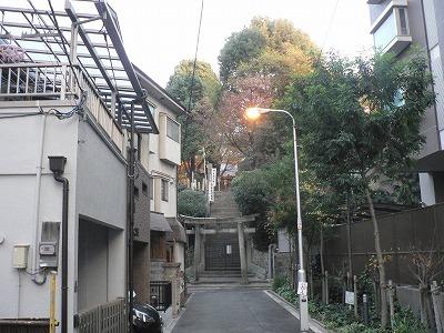 安居神社参道です