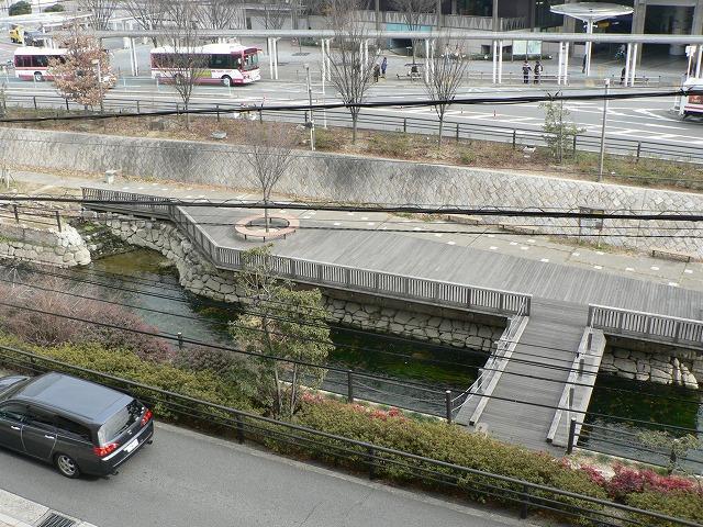 P1350456寝屋川市駅前産業センターから見下ろしです