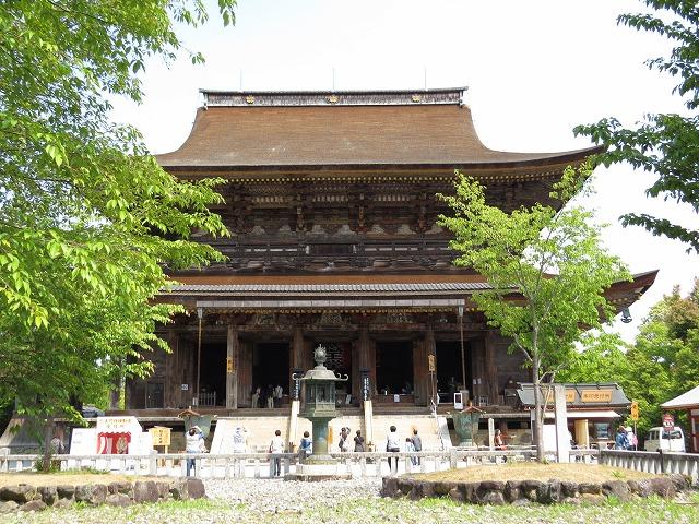 IMG_0649蔵王堂は巨大な木造建築物