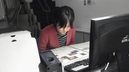 作業をこなす松井さん