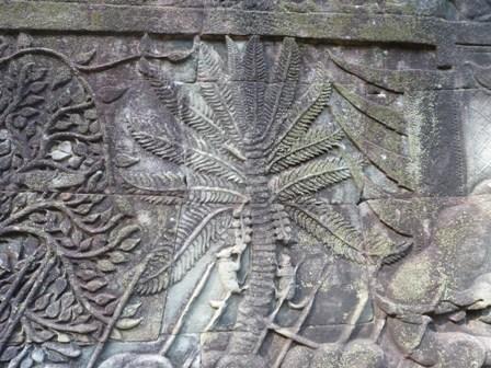 壁画の巨木2