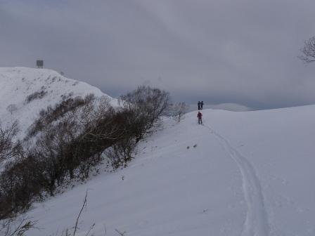 山頂へ続く稜線