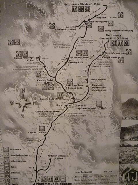グデ・パンゴランゴ地図