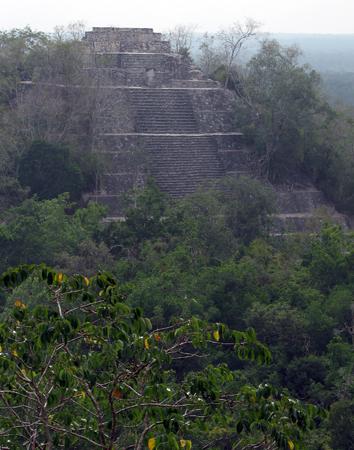 カラクムル1神殿