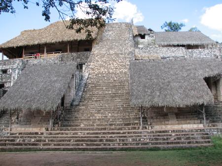 エクバランピラミッド