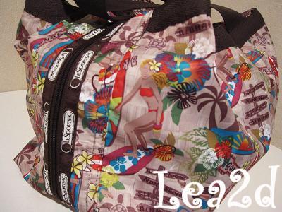 LeSportsac(レスポートサック)、Surfer Chick(サーファーチック)バッグはMOLLY モリー