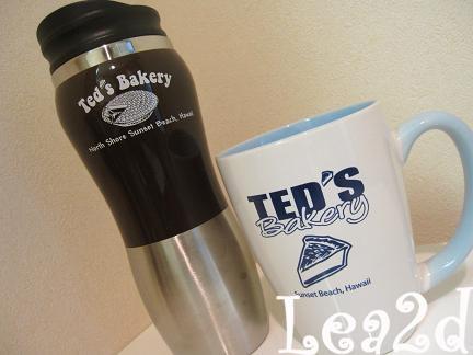 200908 Ted's Bakery(テッズベーカリー)で買った、グッズ(マグカップ&ボトル)