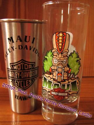 2011年1月 マウイ島 ラハイナのパシフィック・ハーレー・ダビッドソンなティキグラスとステングラス