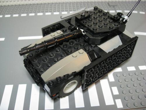 ヘリ+装輪戦車 003
