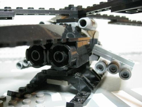 ヘリ+装輪戦車 012