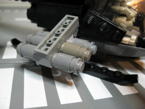 ヘリ+装輪戦車 011