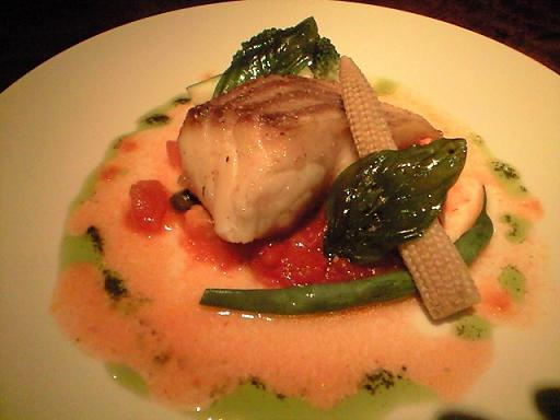真鯛のムニエル トマトとケッパーソース