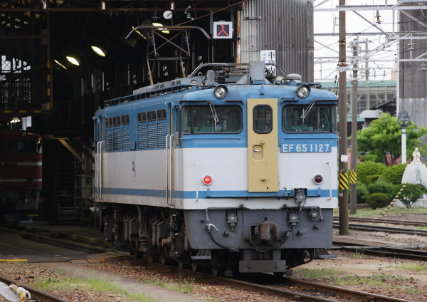 VA3H0012_1f.jpg