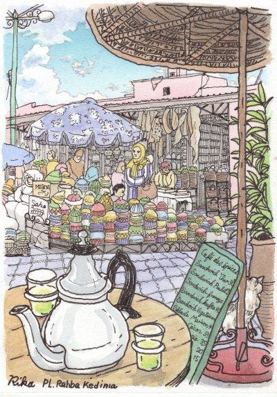 クディマ広場のカフェで
