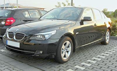 800px-BMW_5er_(E60)_Facelift_frontZZZ.jpg