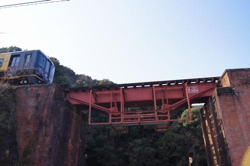250211 JR三角線橋梁11