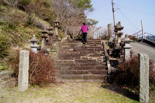 250211 波多神社2