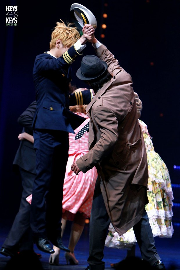 130125 Catch Me If You Can Musical PM8 - 2