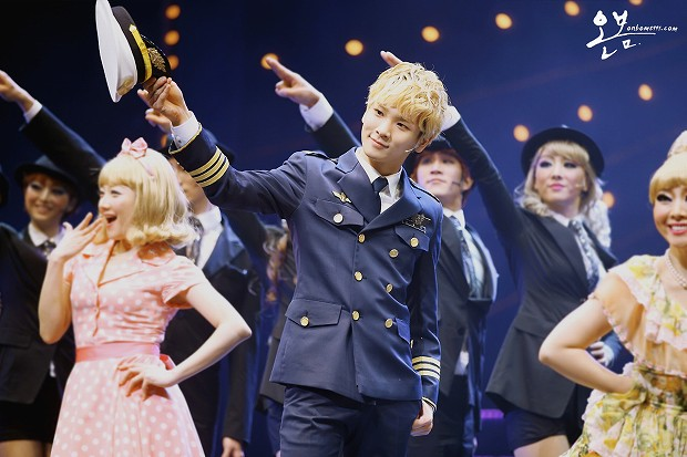 130125 Catch Me If You Can Musical PM8 - 7-4