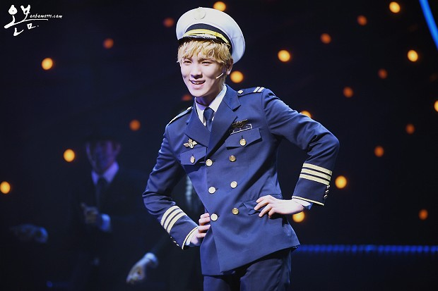 130125 Catch Me If You Can Musical PM8 - 7-2
