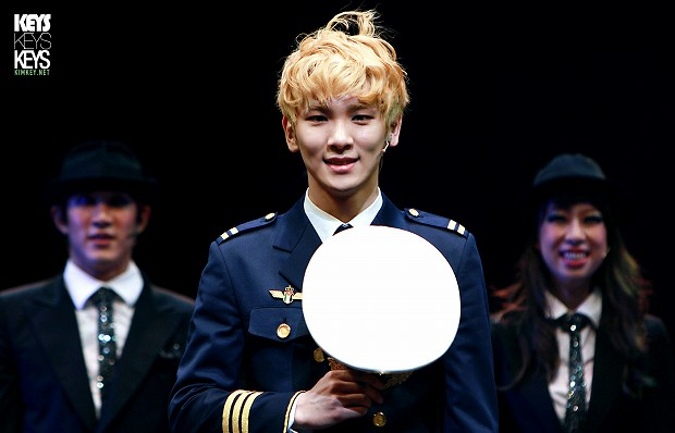 130127 Catch Me If You Can Musical PM3 - 1-2