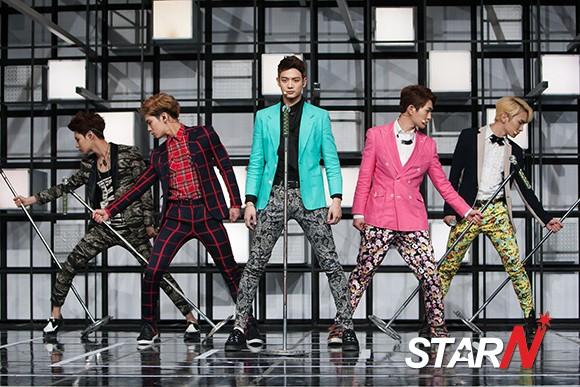 130221 comeback stage-MCountdwon newsphoto -5