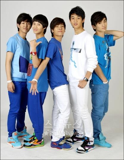 SHINee-member-44 080828news-1