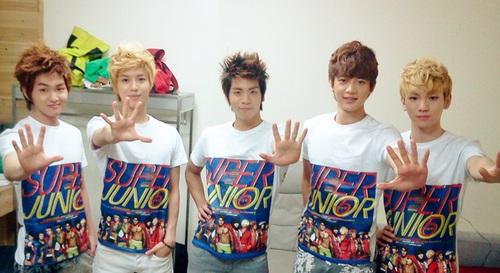 SHINee-member-15.jpg