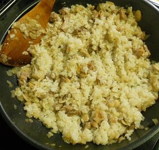 イカのチキンライス詰め 白ワインとトマトソース煮6