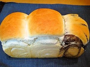 フカフカ食パン
