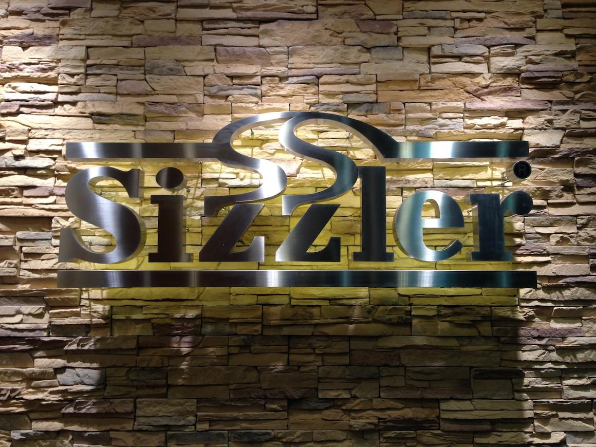 sizzler2012100.jpg