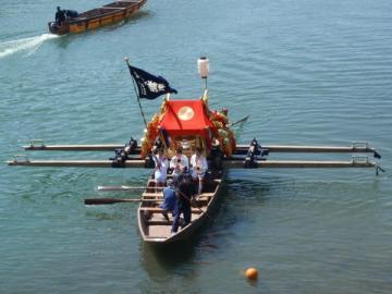 神輿 舟渡御