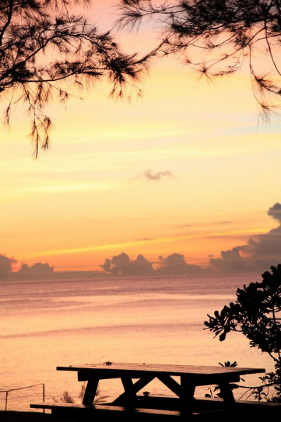 L恩納島ミッションビーチ100000713980437_747136_4662867_n