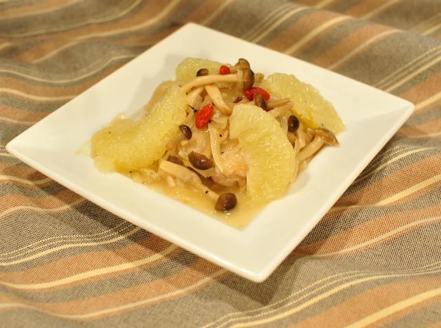 クコの実入り柔らか鶏肉のグレープフルーツ煮-2