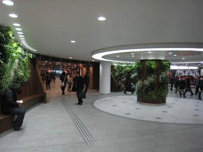 梅田通路01
