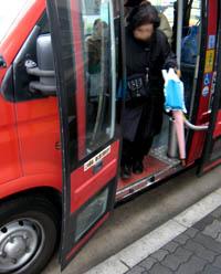 大阪赤バス02