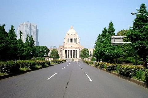 130527 議事堂