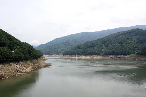 11草木湖1