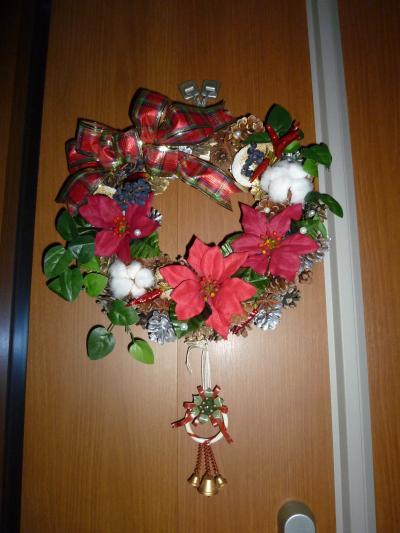 玄関のクリスマスリース