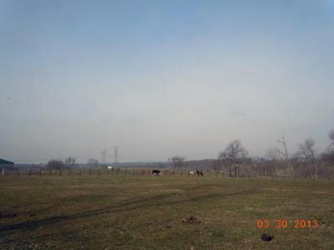 ずっと牧場の中の道です