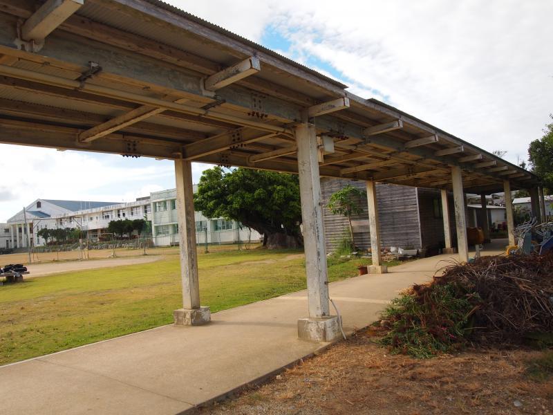 渡り廊下と学校