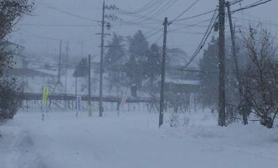 猛吹雪のよませの里(24.12.26)