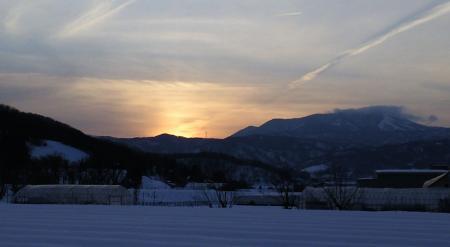 木島平村から見た夕日(25.2.14)