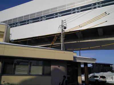 K眼科クリニックと新幹線駅ホーム(25.2.26)