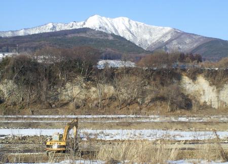 十三崖と高社山(25.3.2)