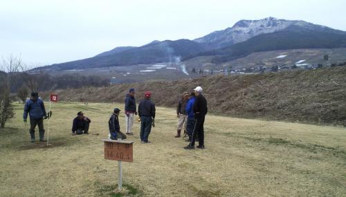 マレットゴルフ場から高社山(25.3.27)