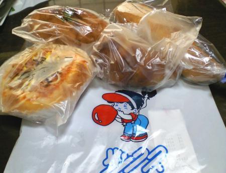サンクスさんのパン(25.4.29)