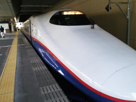 新幹線で東京へ(25.5.20)